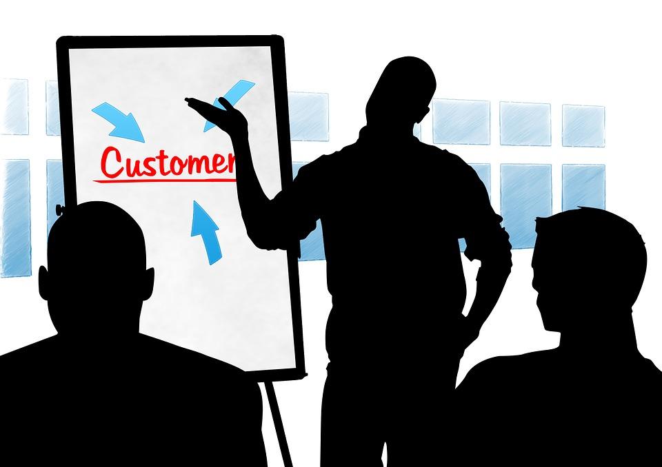 Kształtuj odczucia i wrażenia klientów – znaczenie CX w budowaniu świadomości marki